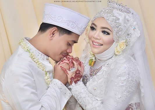 paket photo wedding murah, paket prewedding indoor murah, jasa foto wedding malang